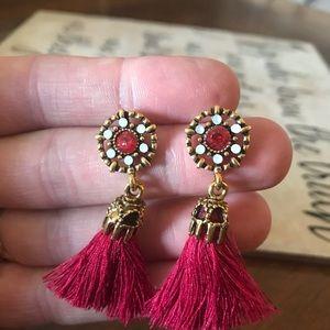 NEW!  Trendy & Sophisticated Tassel Earrings Red